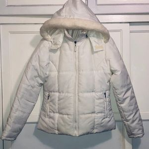 White Puffer Jacket with detachable Hood